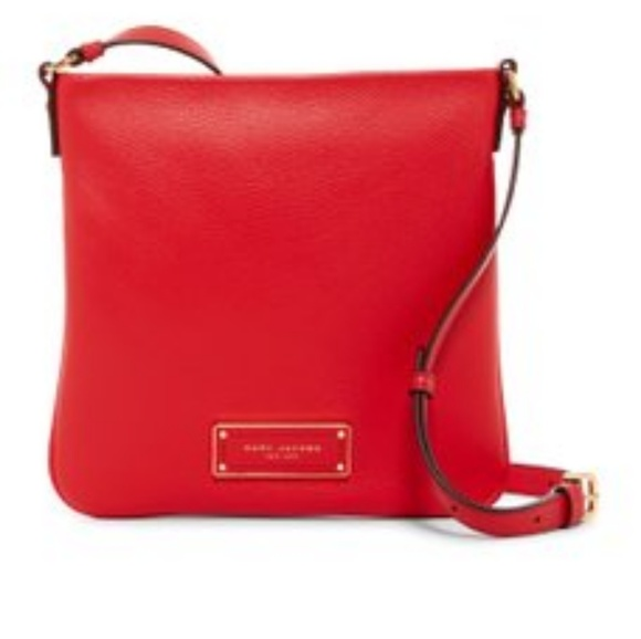 232f2ecd27c Marc JacobsToo Hot to Handle Sia Leather Crossbody NWT